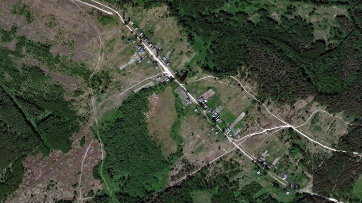 Александрово — деревня в Юринском районе