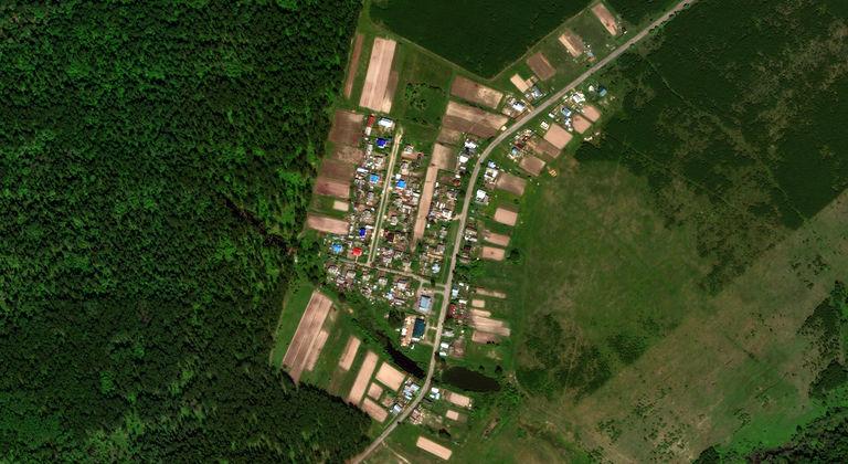 Шапы — деревня в Медведевском районе