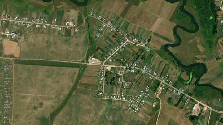 Чуксола — деревня в Новоторъяльском районе